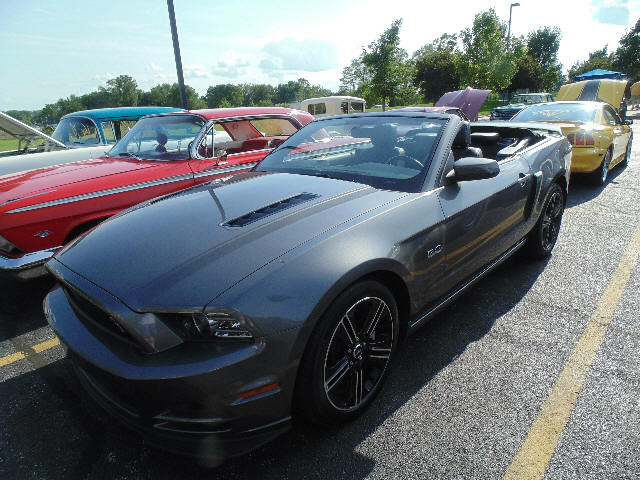 Dennis & Beverly Broughton 2014 Ford Mustang